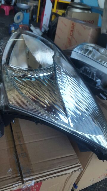Nissan Grand Livina 2007 (1st Generation) Head Lamp Taiwan
