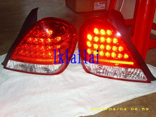 Nissan Sentra N16 `05 Tail Lamp Crystal LED Red/Clear [NS10-RL01-U]