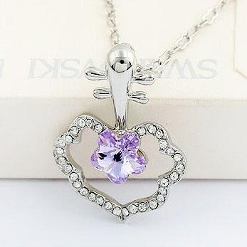 Oriental Design Pipa Crystal Pendant (Purple)