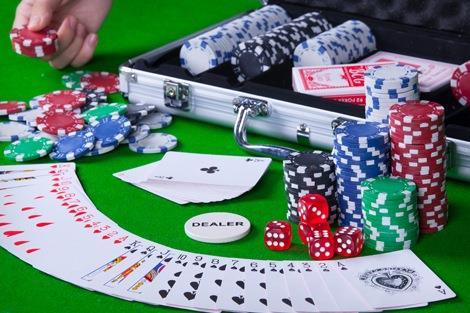 [Original] Poker Set 300 Chips c/w Aluminium Hard Case Casino Games
