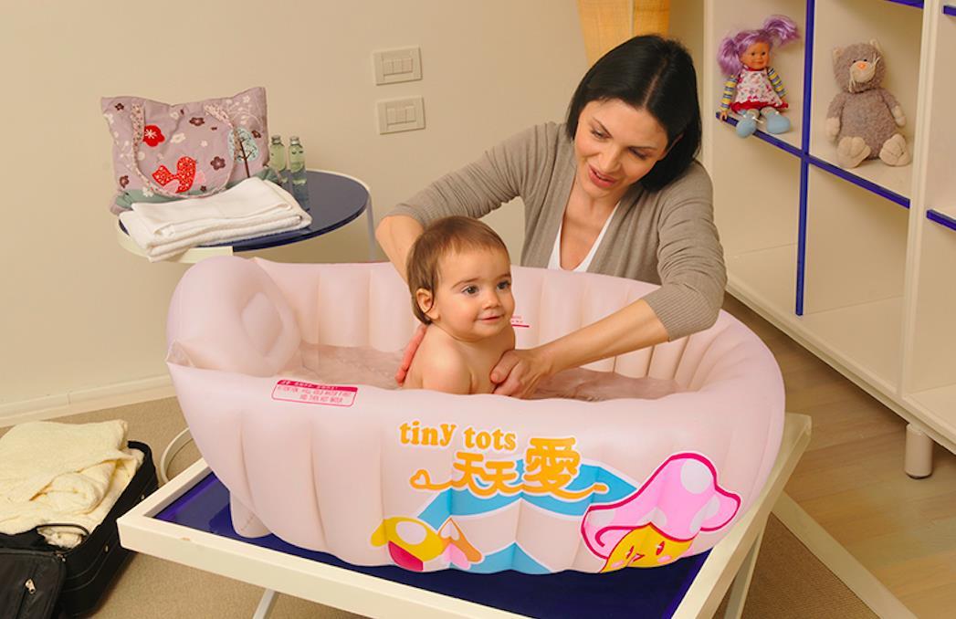 ORIGINAL TINY TOTS BABY BATH TUB IN (end 12/4/2018 11:15 PM)