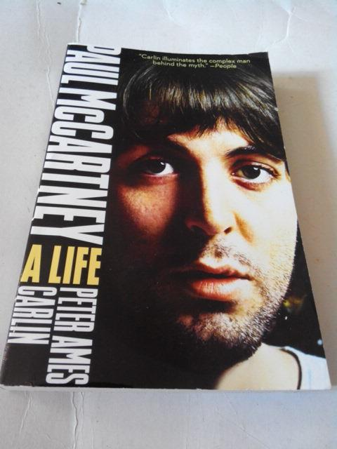 PAUL McCARTNEY - A LIFE BIOGRAPHY BOOK BEATLES