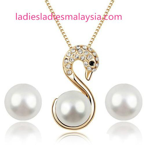 Pearl Swan Jewelry sets