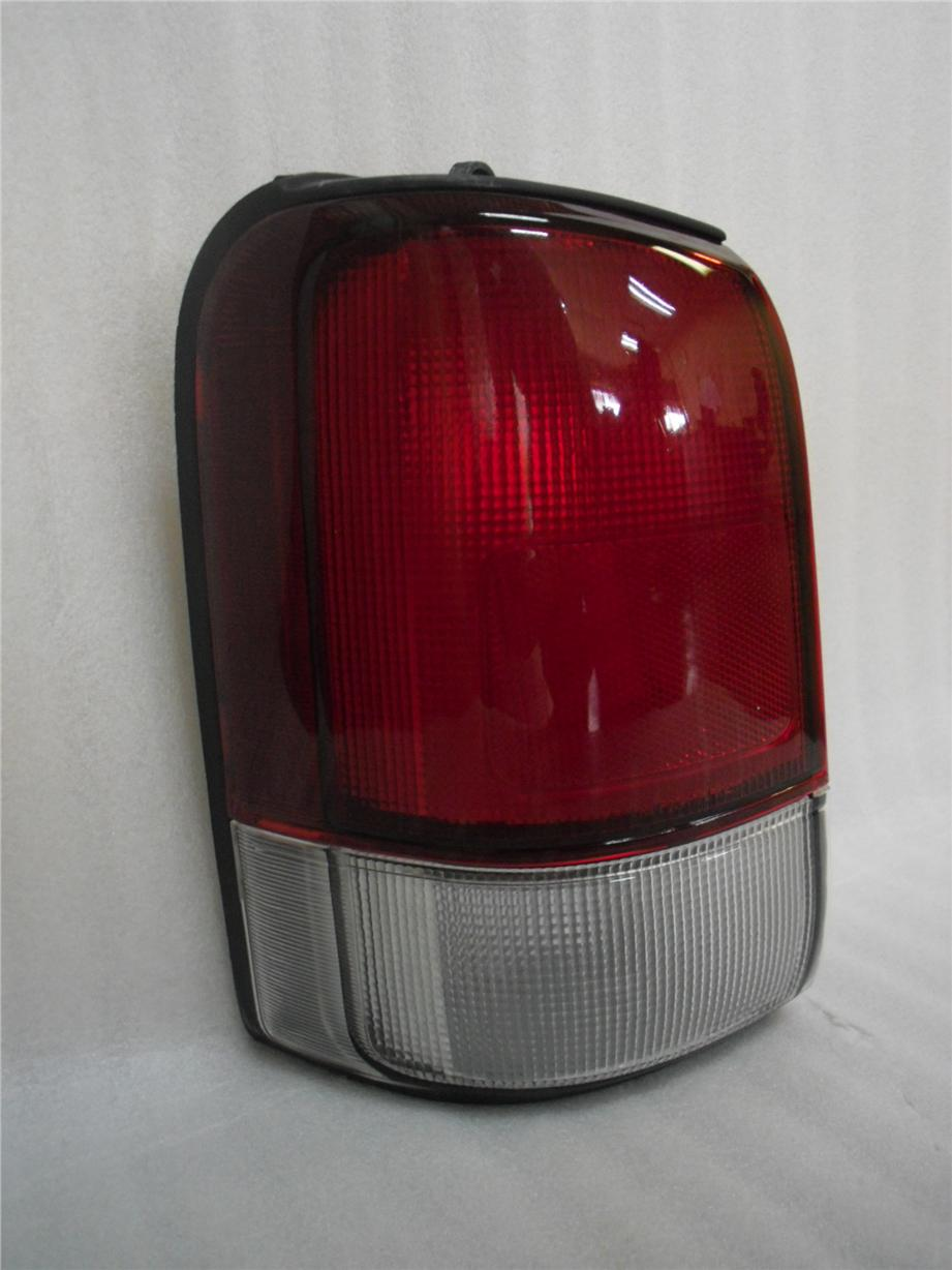 PERODUA RUSA REPLACEMENT PARTS TAIL LAMP RH OR LH