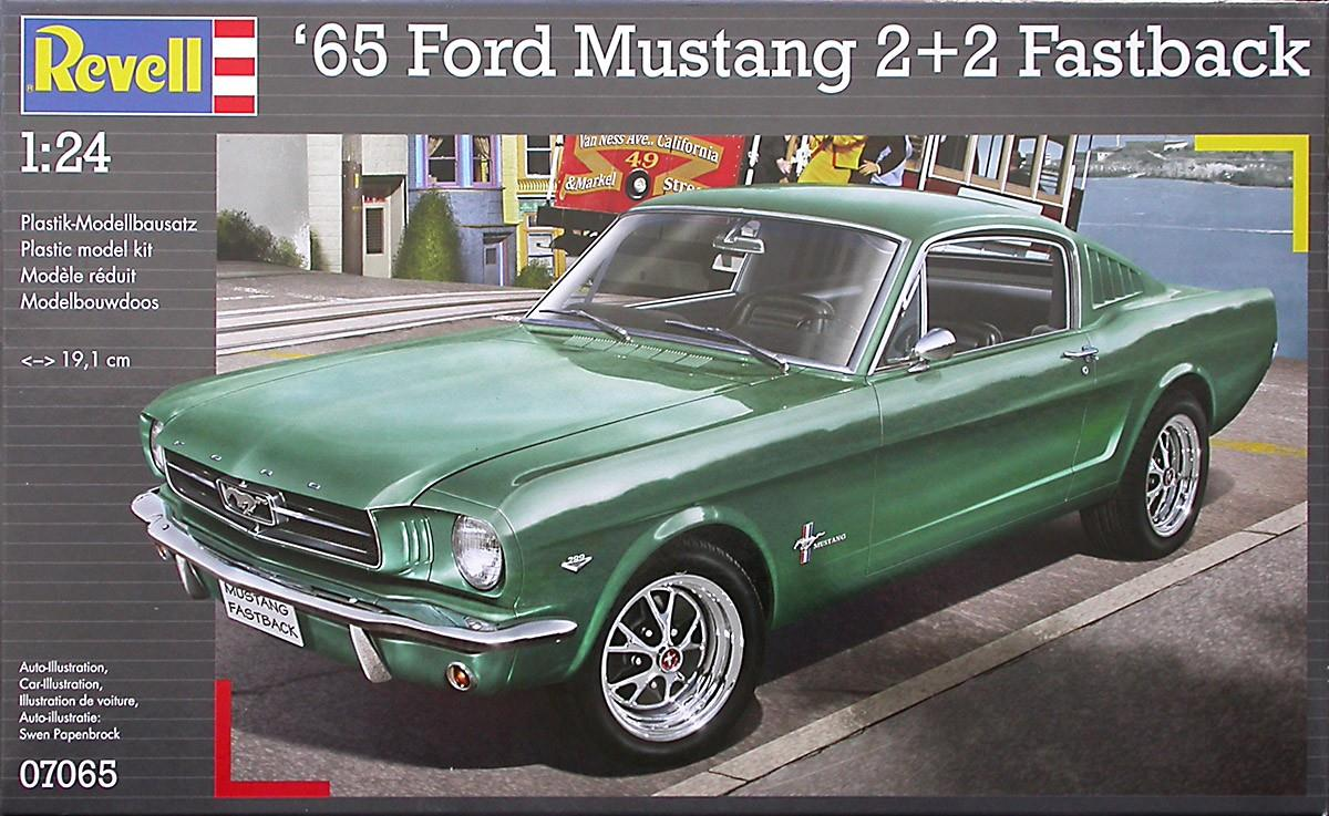 Pre order 1:25 Revell 1965 Ford Mustang 2+2 Fastback Plastic Model Kit