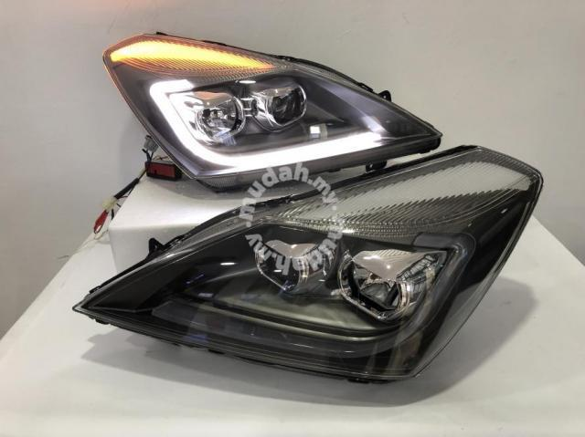 Proton Exora Projector Head Lamp Version I