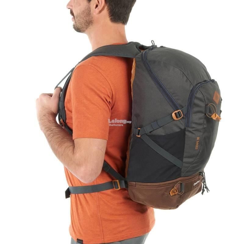ffe73ceef7 QUECHUA N- Hiking travel 30 Litre b (end 1 21 2018 10 15 AM)