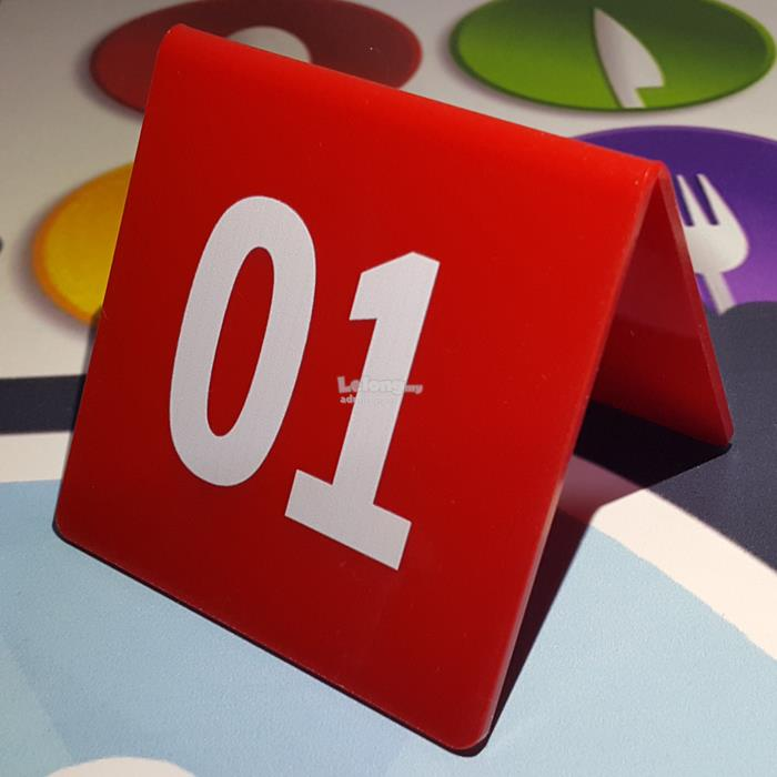 Acrylic Restaurant Table Number Roun End AM - Restaurant table numbering system