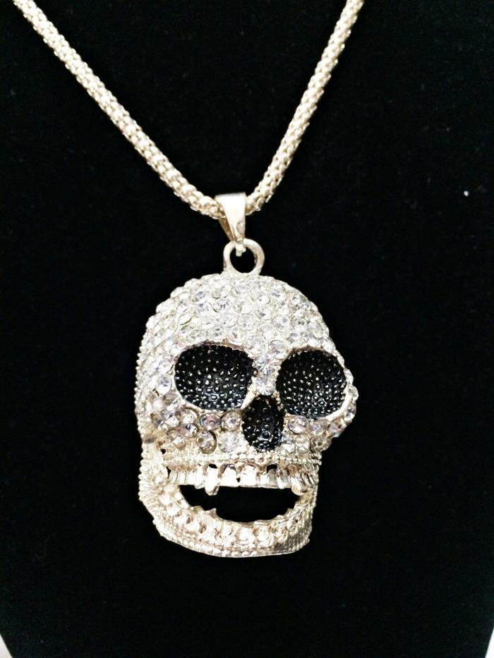 Rock Skulls Long Necklace (Free Shipping)