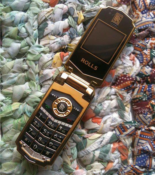 Rolls Royce Dual Sim Mini Luxury Flip Phone (WP-R8).