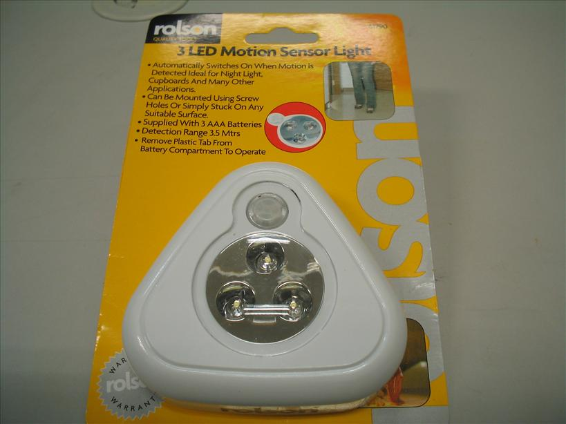 Rolson 3 LED motion sensor light powered by 3 x AAA batteries