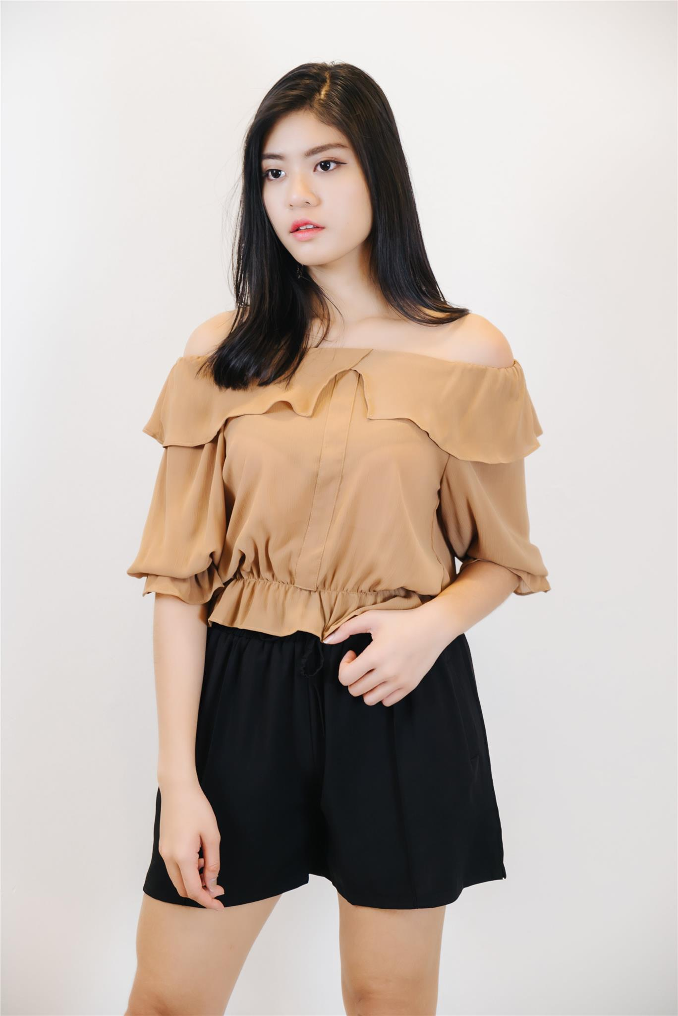 2e5f3ea89c2f6 Ruffled Off The Shoulder Top in Ligh (end 5 16 2019 2 53 PM)