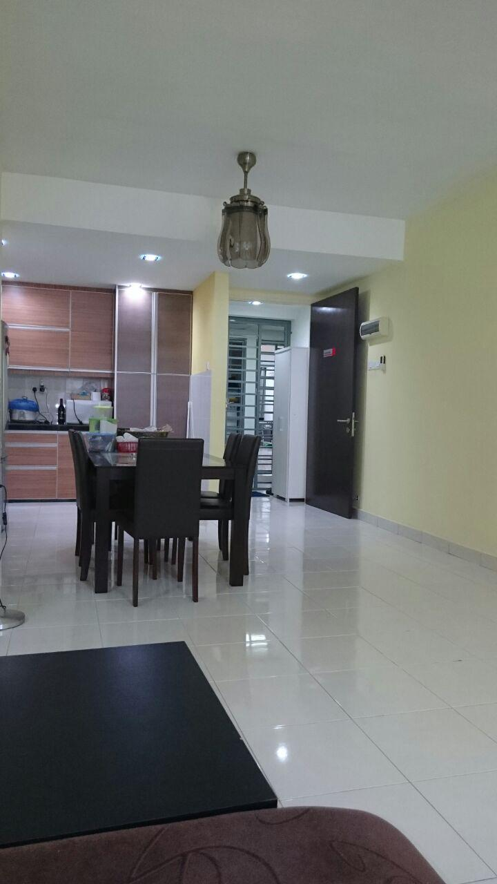 For sale Koi Kinrara Condo, 2 Car Parks, Easy Access to PJ, Puchong