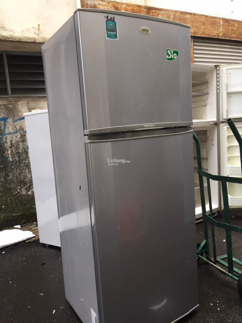 Samsung 2 doors Big fridge Peti Sejuk Ais Refrigerator refurbished