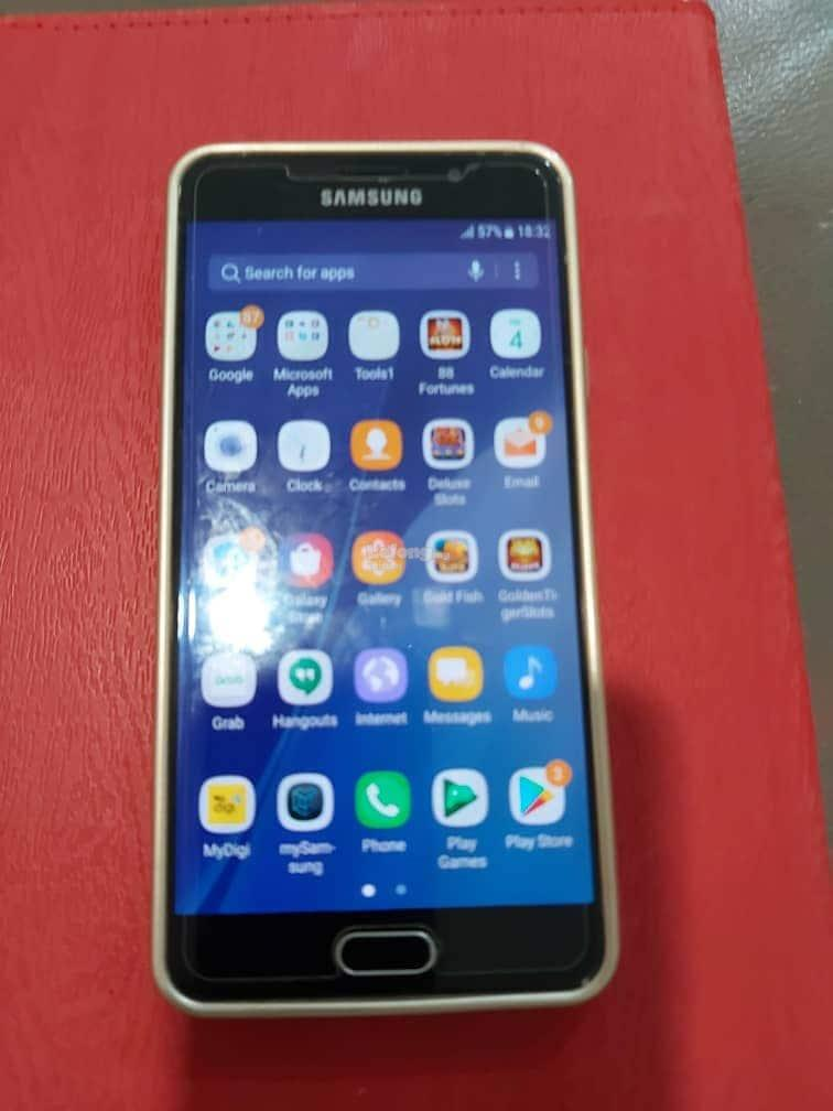 Samsung A 7(6) mobile phone