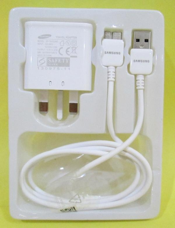Samsung Galaxy Note 3 - Original USB Charger Adapter + Cable