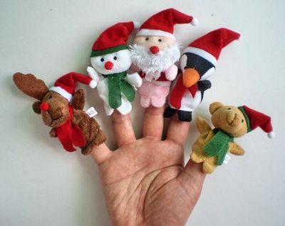 Santa and Friends Finger Puppet