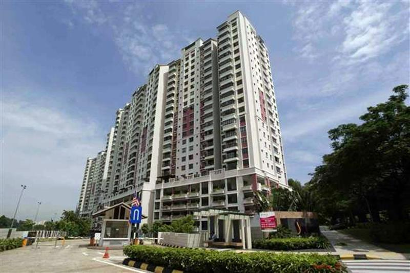 Savanna Condo for sale, Golf View, 3 Car Parks, Near LRT, Bukit Jalil
