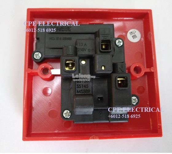 Schneider Clipsal S-Classic E15R-RD 13A 1 Gang Switch Socket - RED