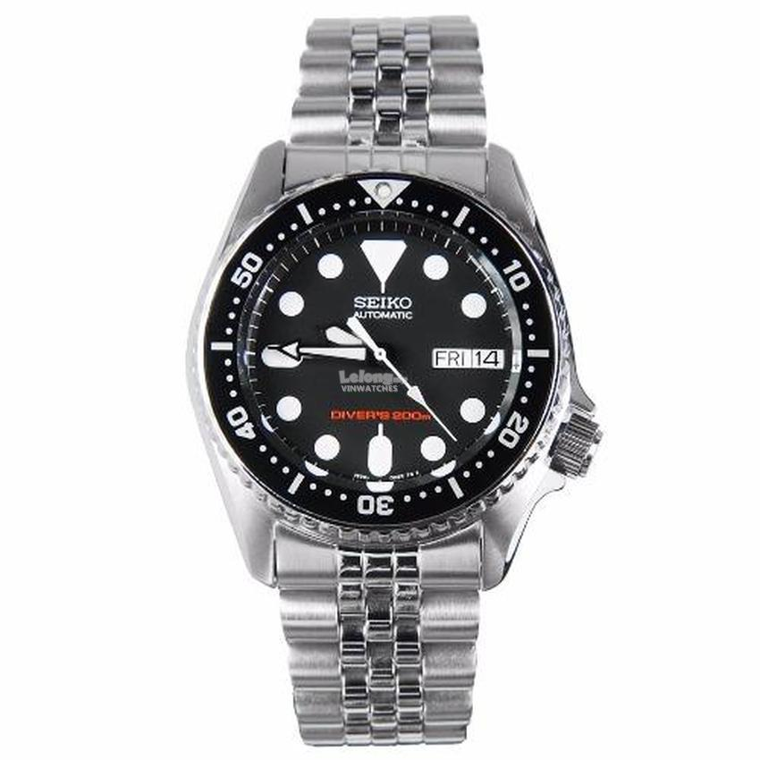dive day chronograph watches strap rubber and date watch pin scuba mens seiko divers com kinetic black