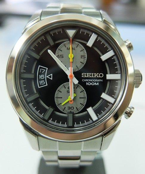 Seiko Chronograph Black Dial Steel Bracelet Watch SNN289P1