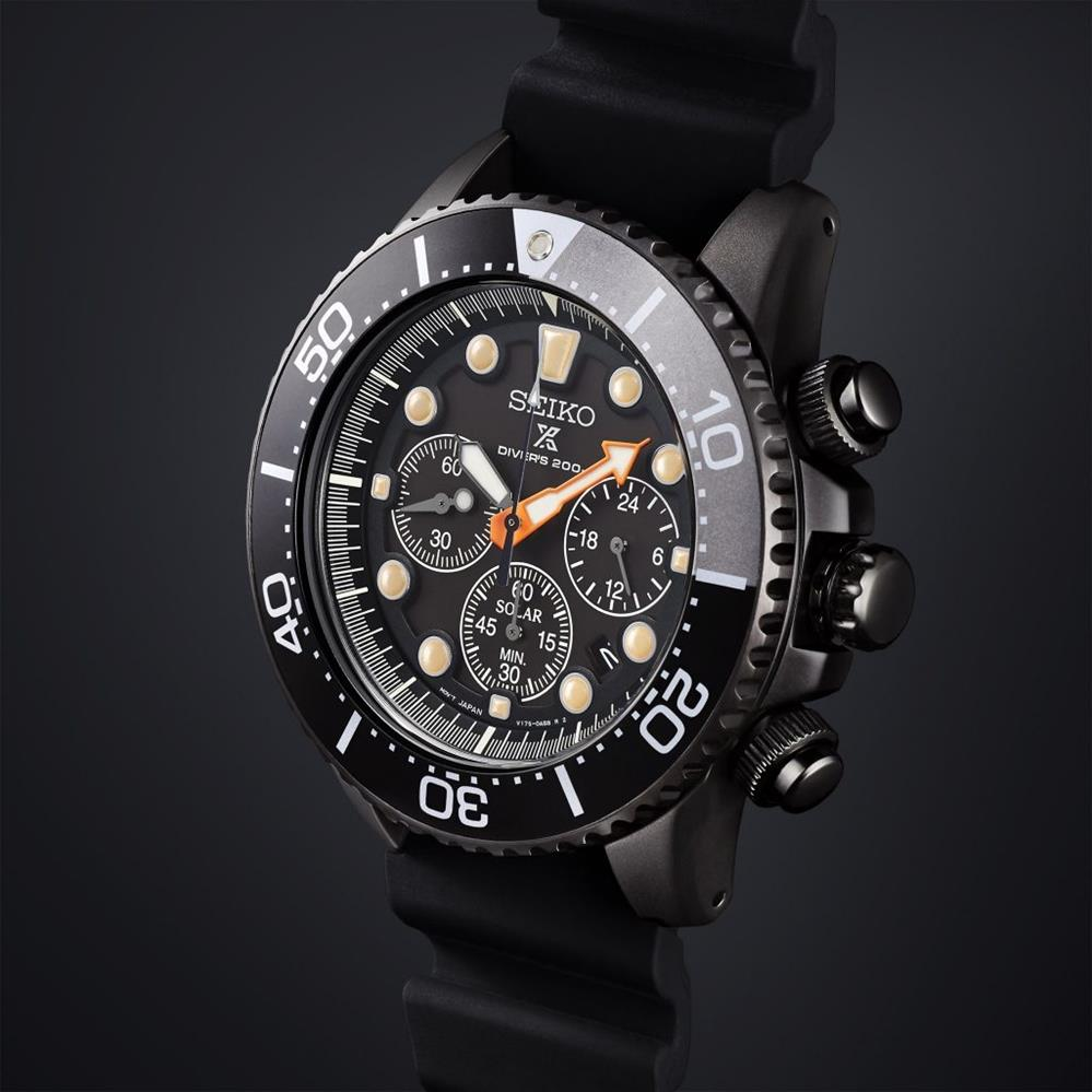 SEIKO . SSC673P1 . Prospex The Black Series 2018 Diver Solar Chrono LE