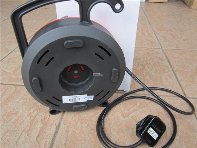 Selamat 10m Double Socket Cable Reel with ELCB