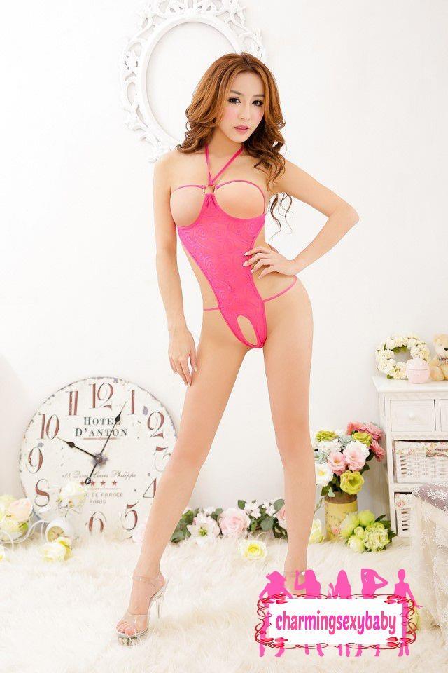 Nude skinny colombian girl
