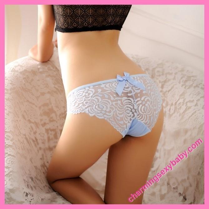 Sexy women in panties pics