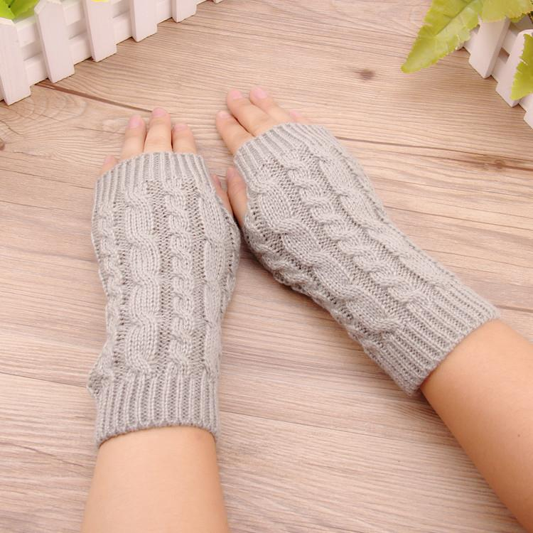 Short Twist Striped Half Finger Knitted Fingerless Gloves Best for Gir