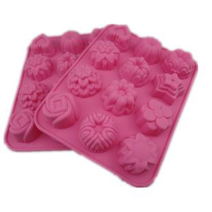 Silicone 12 in 1 Flower Design Baking Cake / Choc / Soap Mould