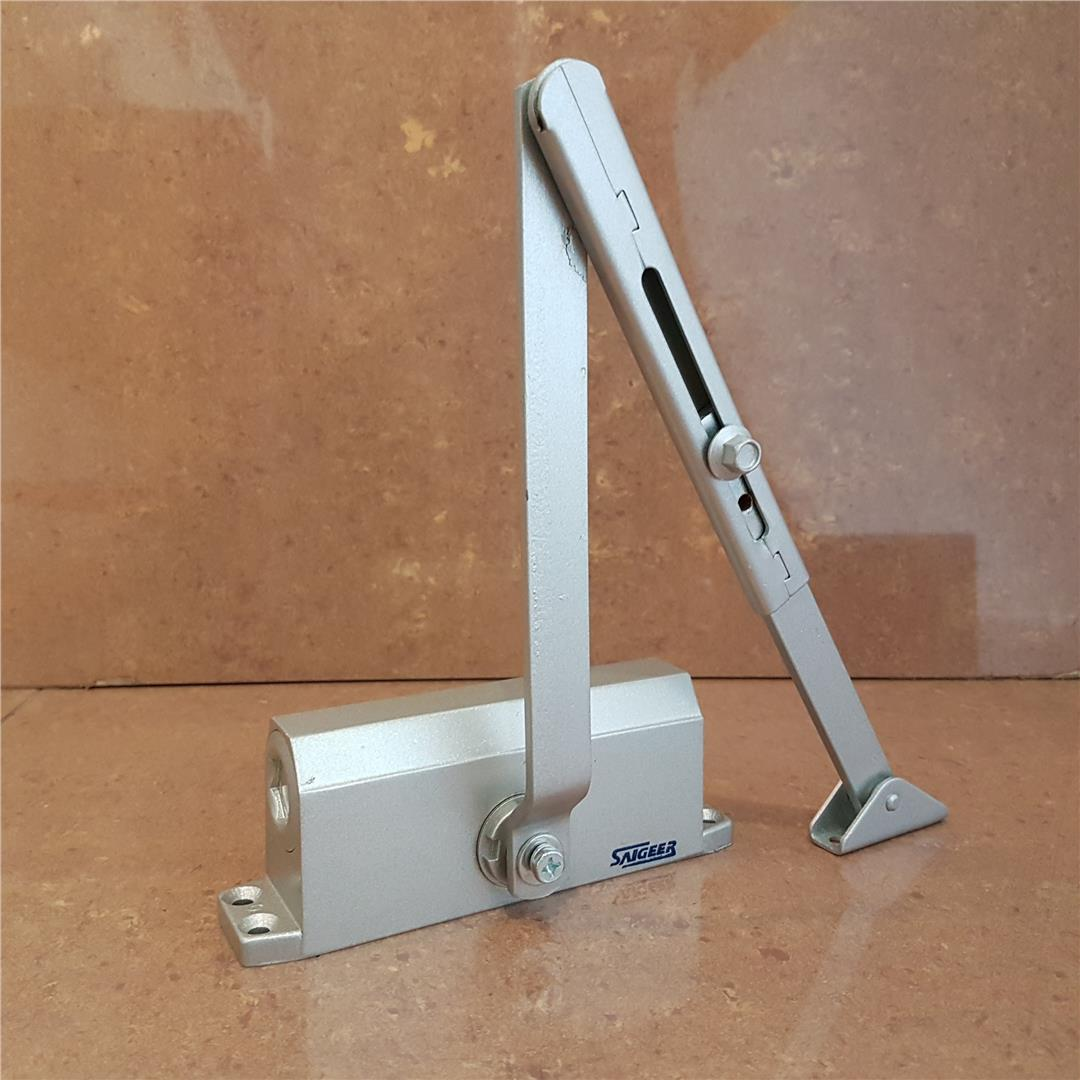 """Single"" Door Closer ID992529"