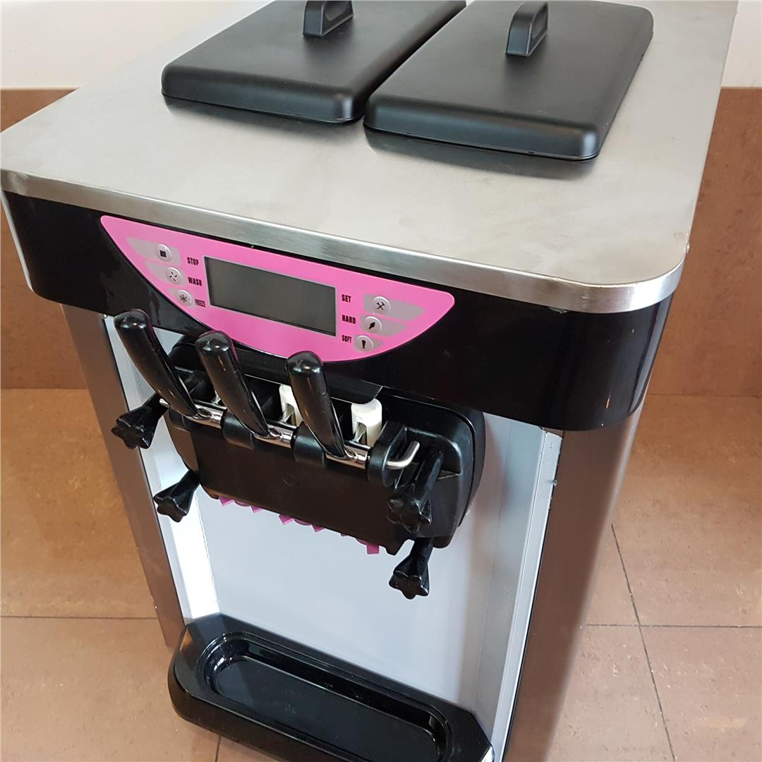 SS289S Soft Ice Cream Machine Three Flavors ID779737