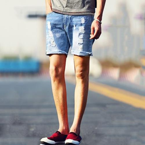 STREET STYLE BUTTON DESIGN FRAYED DENIM SHORTS FOR MEN (DEEP BLUE)