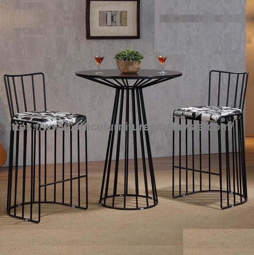 Stylish Round Table And Stools Set (end 3/26/2019 10:15 AM)