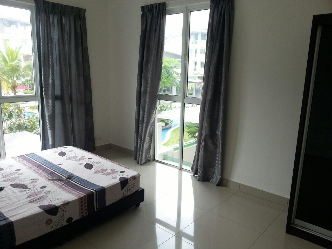 Subang Parkhomes Condo for sale, Pool View, 2 Car Parks, SS 19