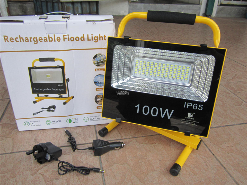 Sun Rechargeable 100W LED Portable Floodlight Set (Day Light)