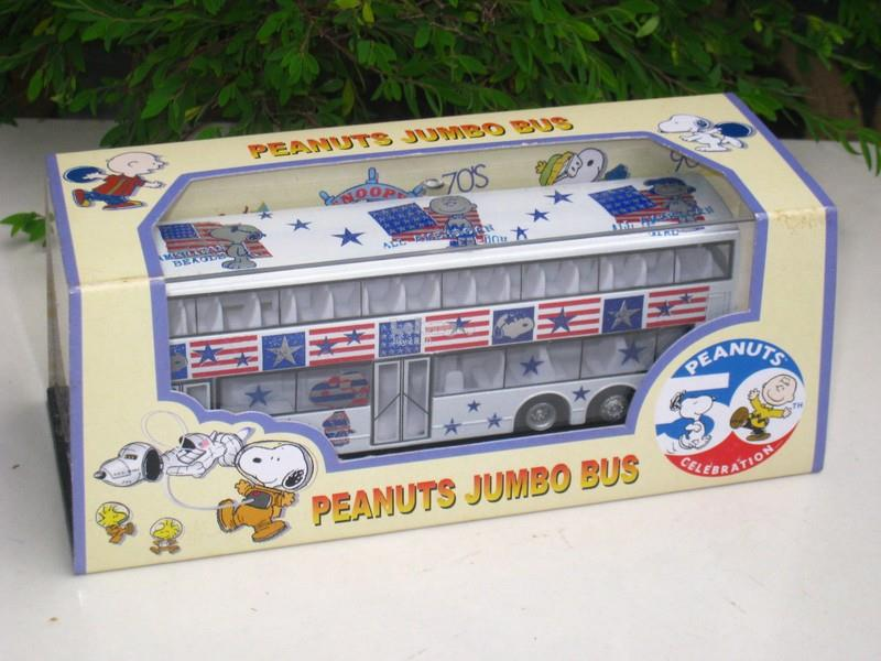 SunHing 1/76 Double Decker Bus American Beagle 80's PEANUTS SNOOPY Bus