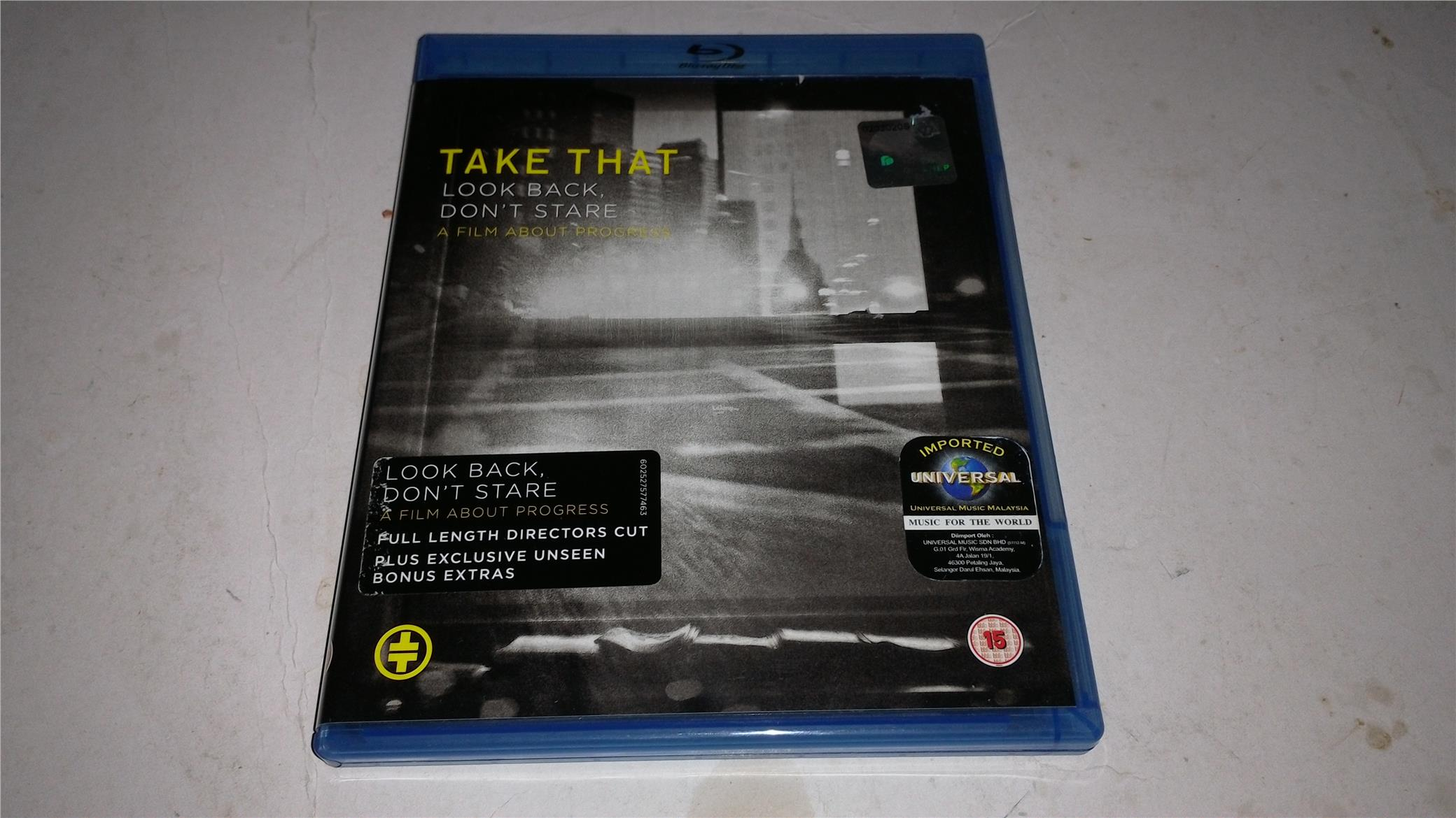 TAKE THAT - LOOK BACK DON'T STARE BLU RAY DVD
