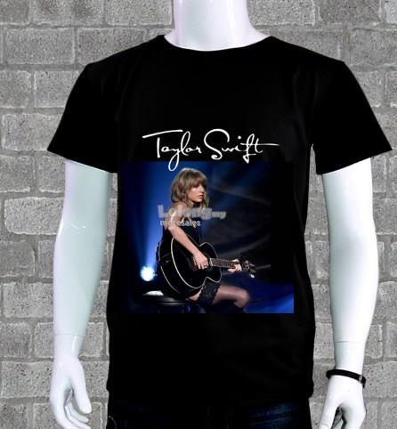 Taylor Swift with guitar tee T-Shirt