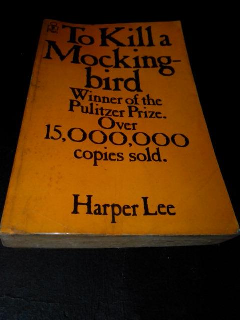 TO KILL A MOCKINGBIRD - HARPER LEE (1974)