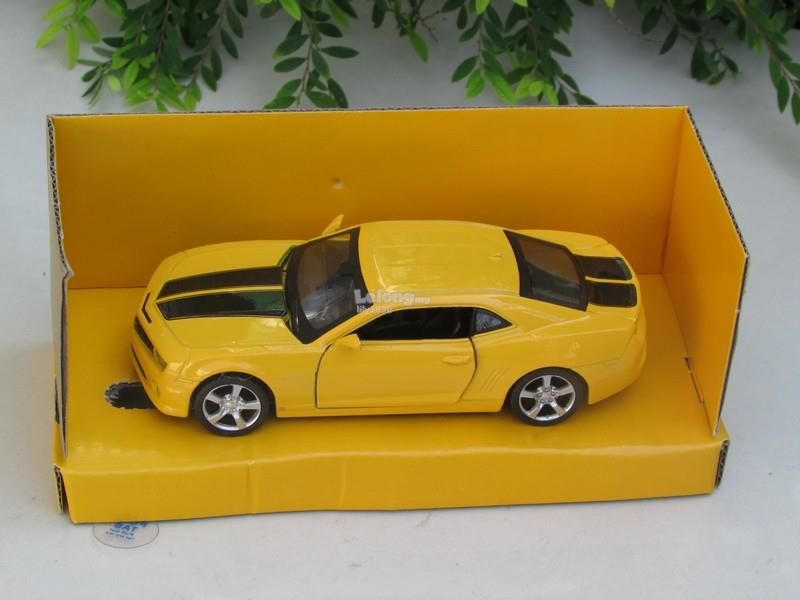Top Mark (5') 1/38 Diecast Car 2010 Chevrolet Camaro RS (Yellow)
