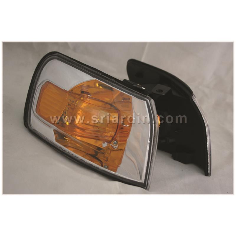 Toyota Corolla AE110 AE111 96 Crystal Corner Lamp