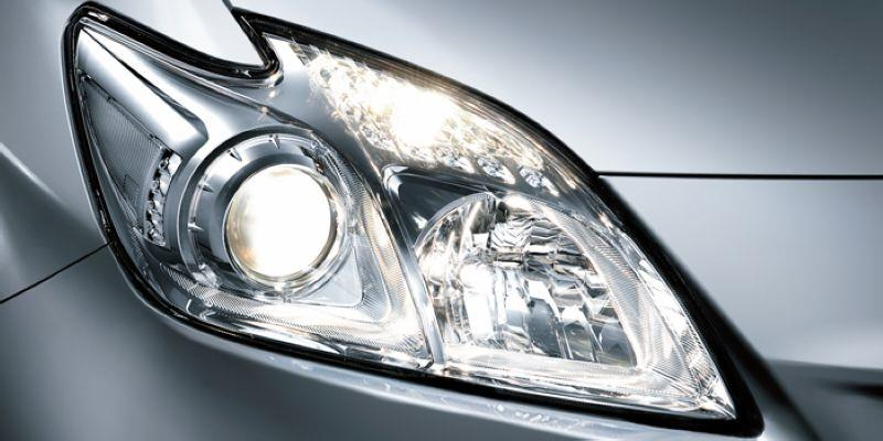 TOYOTA PRIUS 3 ZW30 '09-12 Projector Head Lamp Chrome Housing