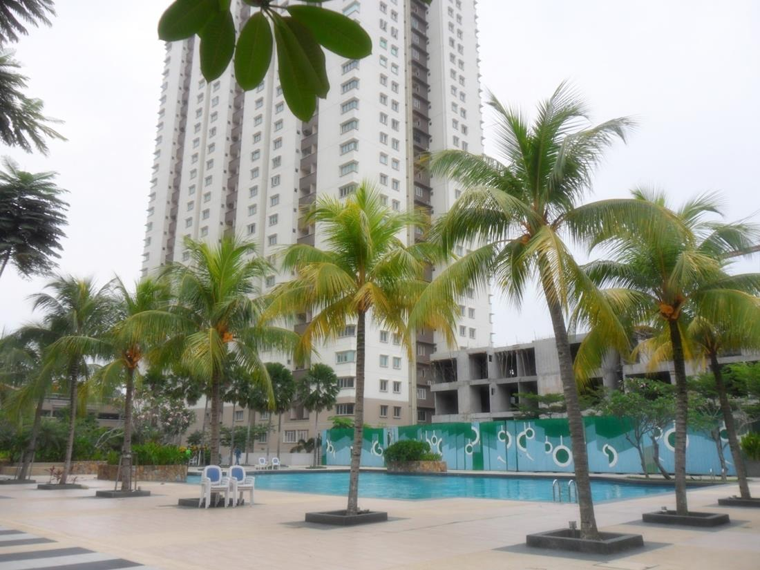 Tropical Resort Condo for sale, Aman Heights condo, Seri Kembangan