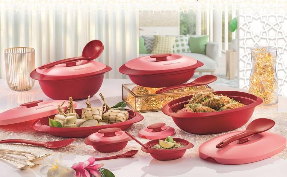 tupperware royal red serving set with end 7 7 2019 3 15 pm