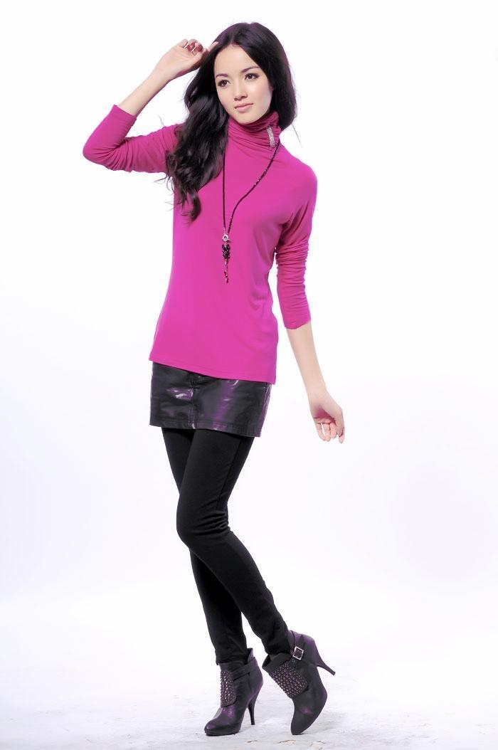 Turtleneck Long-Sleeve Blouse (Rose-carmine)