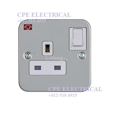 UMS 1213M 13A 250V 1 GANG SWITCHED SOCKET METAL CLAD