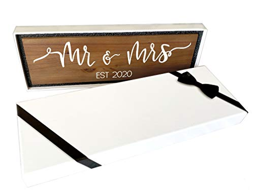(FROM USA) Craftwize Mr  & Mrs Sign - Brown (Gift Box Included), 2020 Large ~