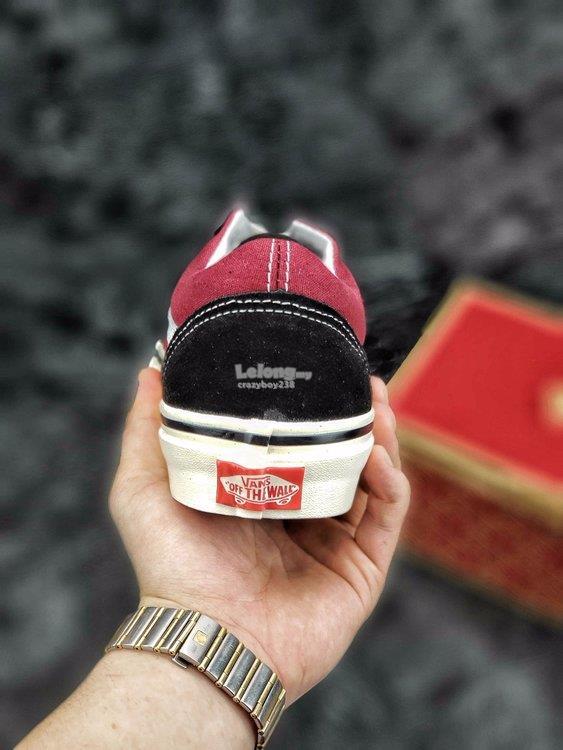 f221ee98a6c5 VANS OLD SKOOL black red (end 5 24 2019 1 15 PM)